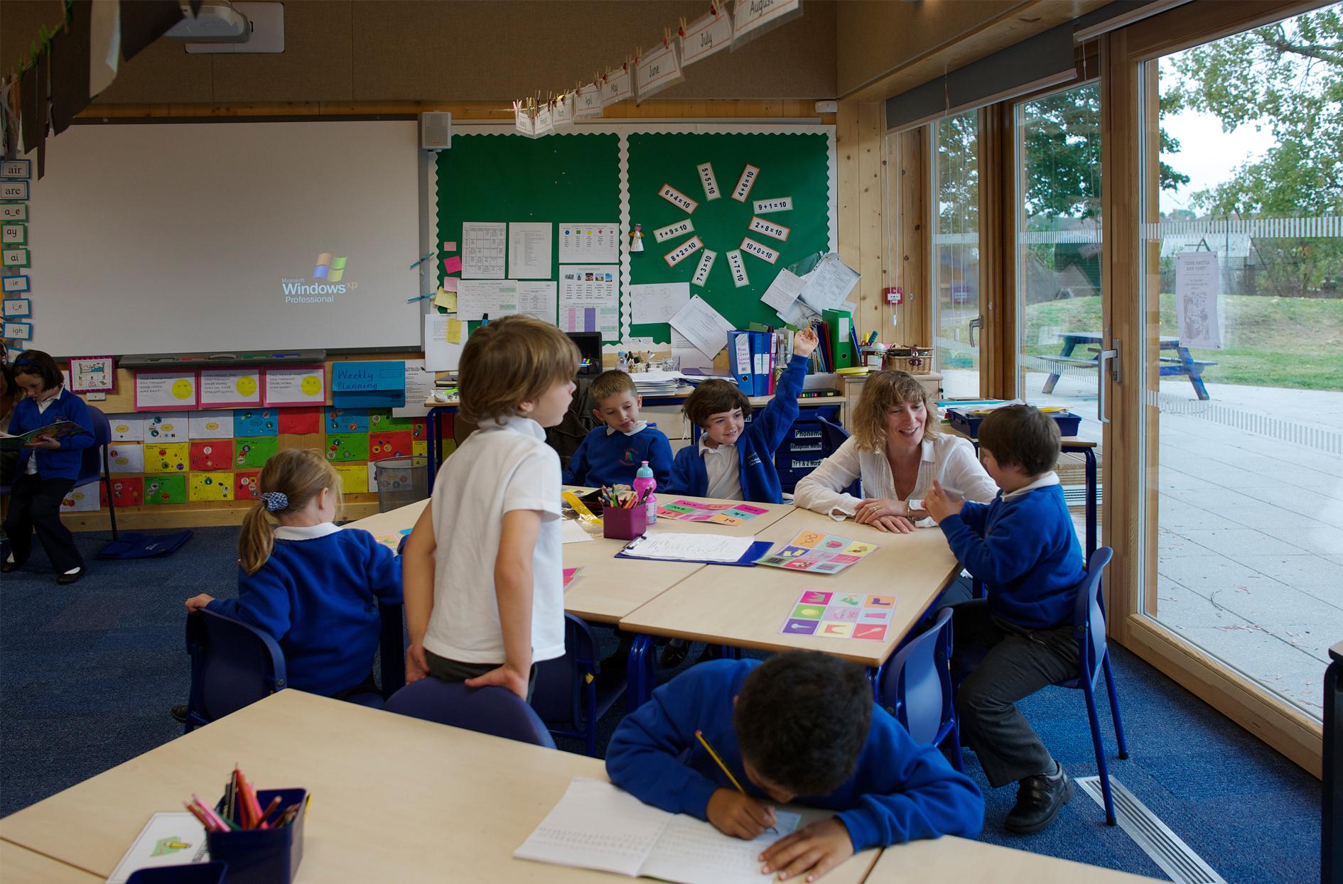 Thumbnail Holy Trinity Primary School / 1