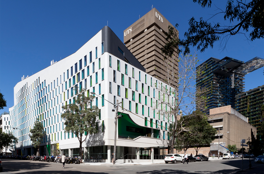 Thumbnail UTS Science and Graduate School of Health Building / 1