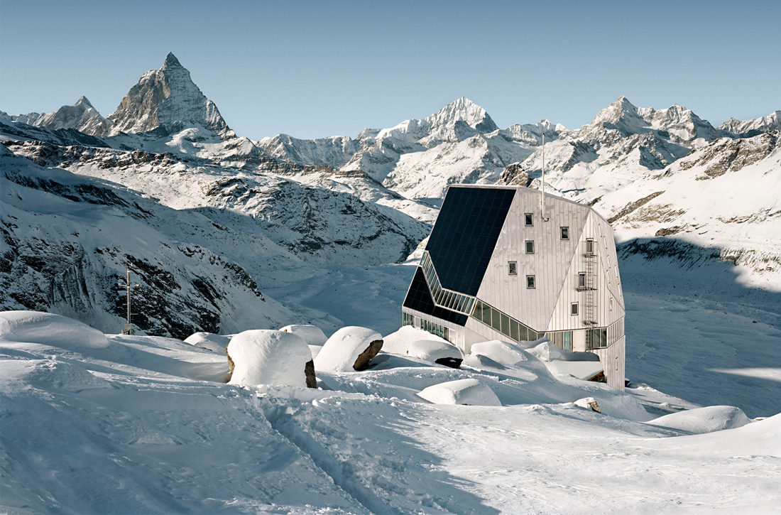 Thumbnail New Monte Rosa Hut / 1