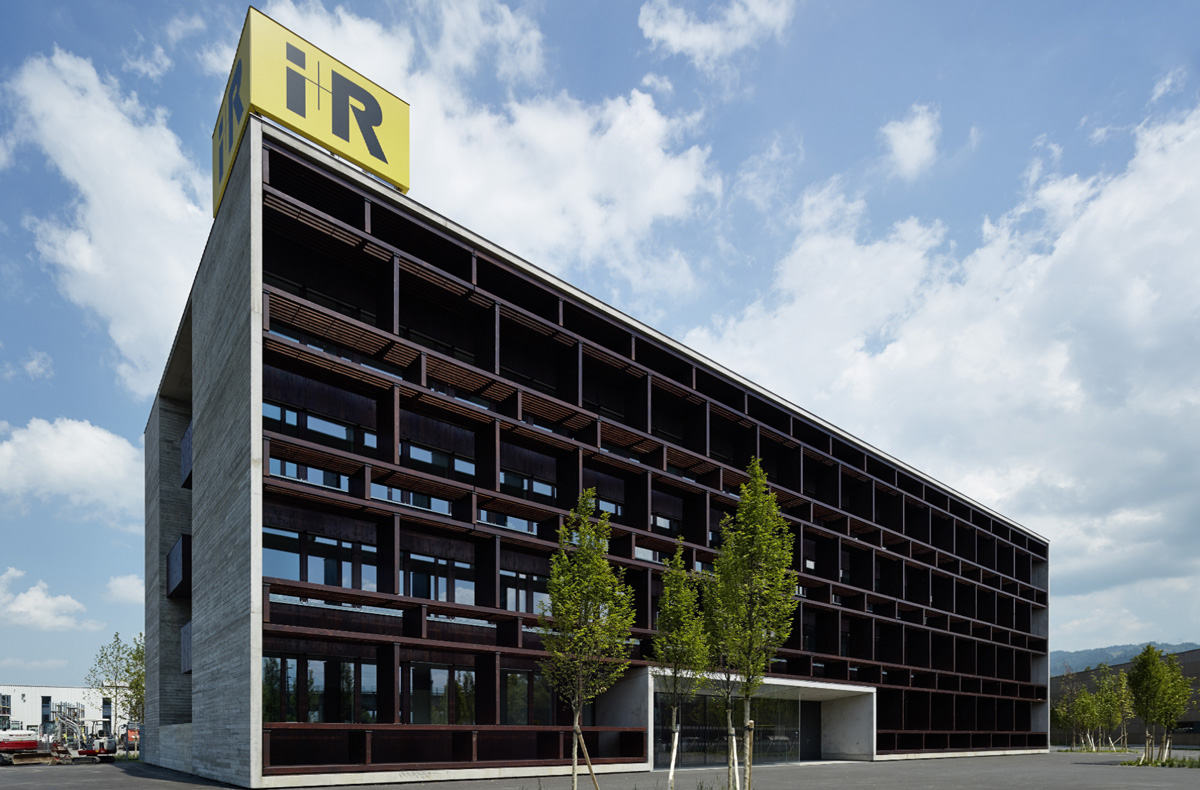 i+R Headquarters